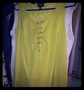 Jones New York lime green sleevless blouse in smal